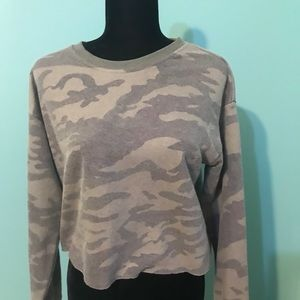 NWOT Junior's Forever 21 Camo Small